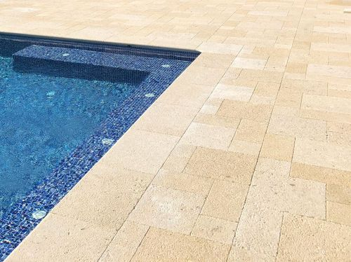 stone swimming pool coping
