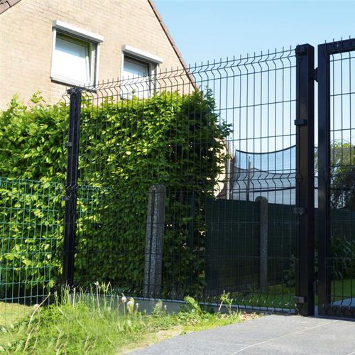 athletic field fence / for green spaces / welded mesh / galvanized steel