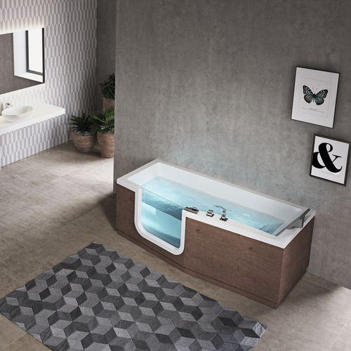 free-standing bathtub / wooden / acrylic / hydromassage