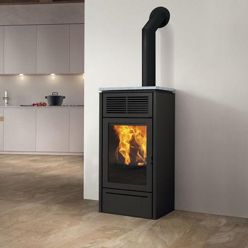 pellet heating stove / contemporary / cast iron / soapstone