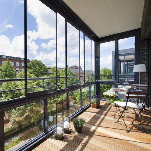 balcony with panels / with bars / Securit® glass / tempered glass