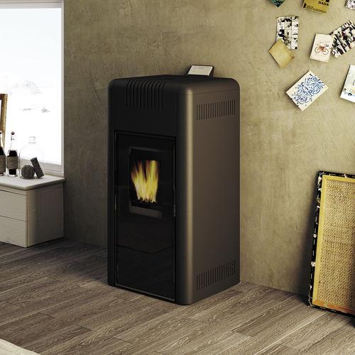 pellet heating stove / steel / cast iron / contemporary