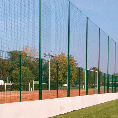 athletic field fence / wire mesh / steel / security