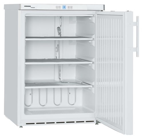 undercounter freezer / commercial / white