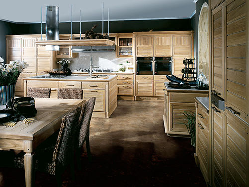 contemporary kitchen / solid wood / lacquered wood / stainless steel