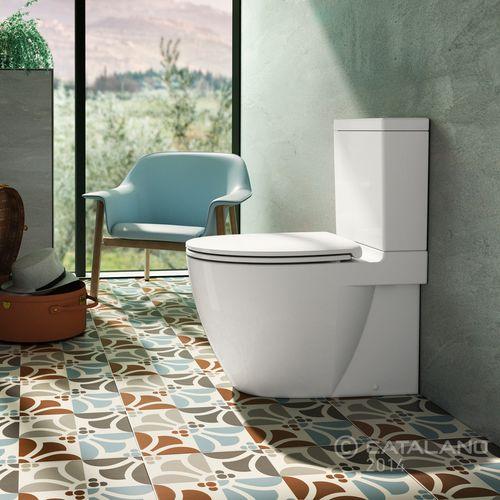 free-standing WC / monobloc / ceramic