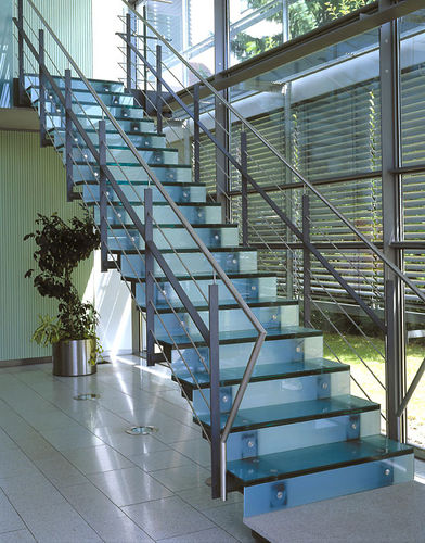 straight staircase / metal frame / glass steps / with risers