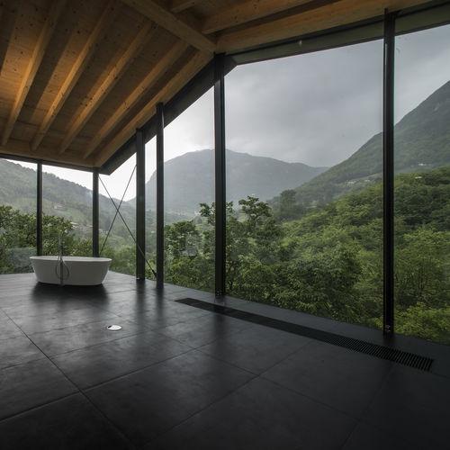 radiant raised access floor / calcium sulfate / ceramic / indoor