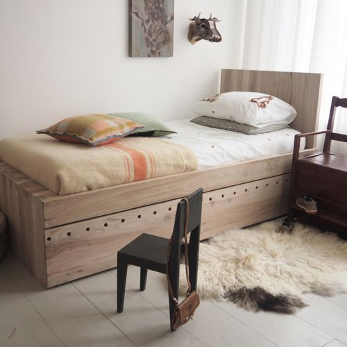 extendable bed / single / contemporary / wooden