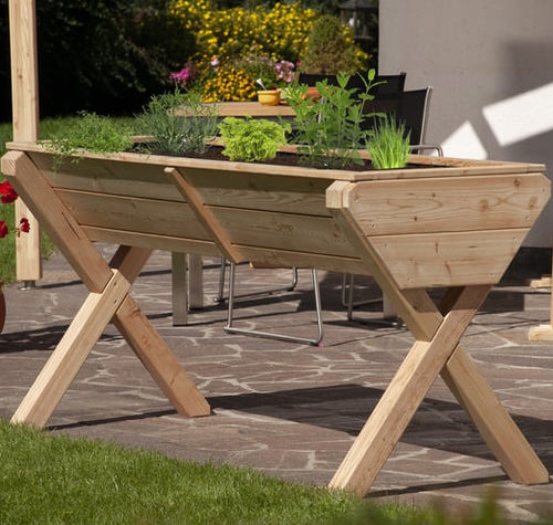 larch garden planter