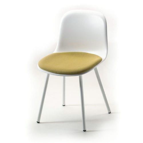Scandinavian design restaurant chair - arrmet