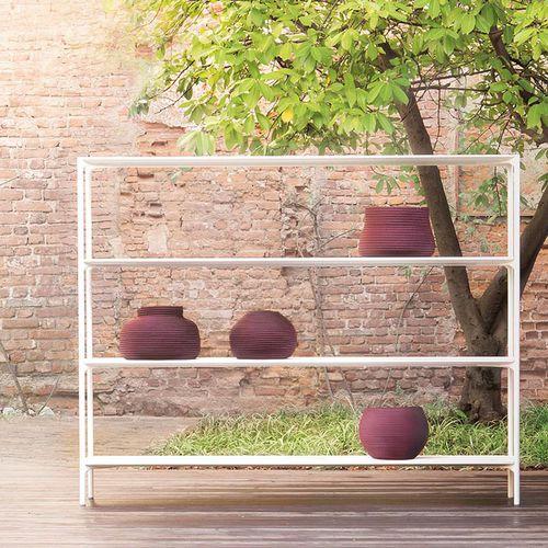 contemporary shelf / varnished steel / concrete / garden
