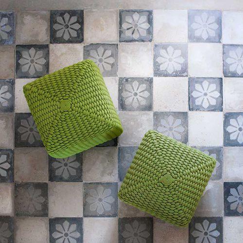 contemporary pouf / plastic / square / garden