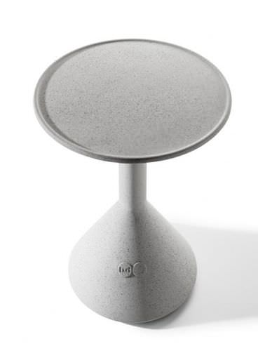 contemporary side table / wooden / concrete / round