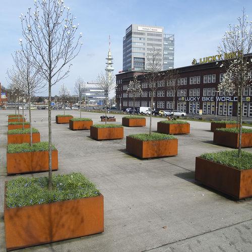 square planter - Streetlife