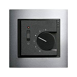 programmable thermostat / wall-mounted / for heating