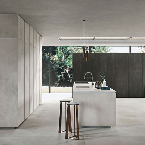 contemporary kitchen / modular / handleless