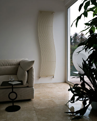 hot water radiator / steel / contemporary / tube
