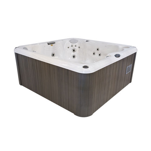 above-ground hot tub - Jacuzzi France