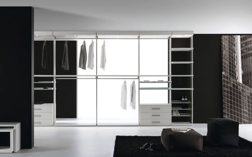 contemporary walk-in wardrobe / lacquered aluminum