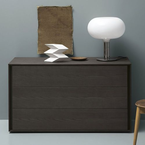 contemporary chest of drawers / lacquered wood / ash