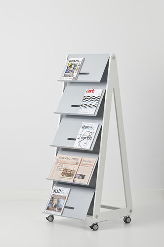periodicals display rack / metal / on casters