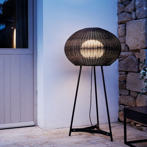floor-standing lamp / contemporary / stainless steel / polyethylene