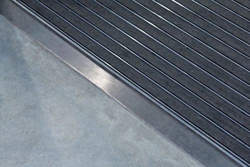 entrance mat for public buildings / aluminum / rubber / custom