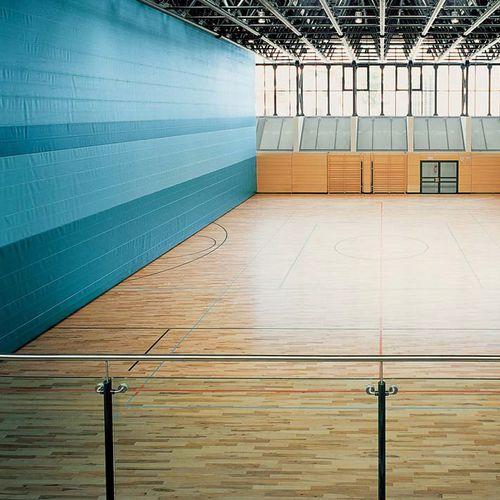 gymnasium curtain partition