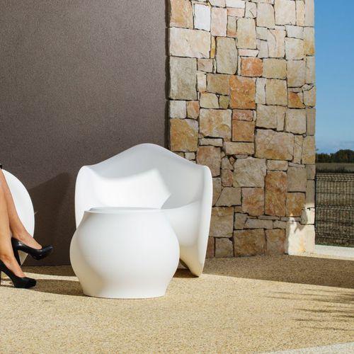 original design stool / polyethylene / commercial / garden