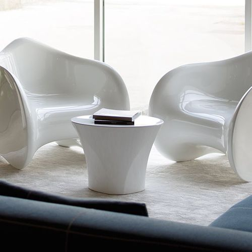 contemporary coffee table / polyethylene / oval / outdoor