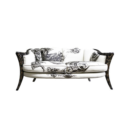 classic sofa / fabric / wooden / 3-seater