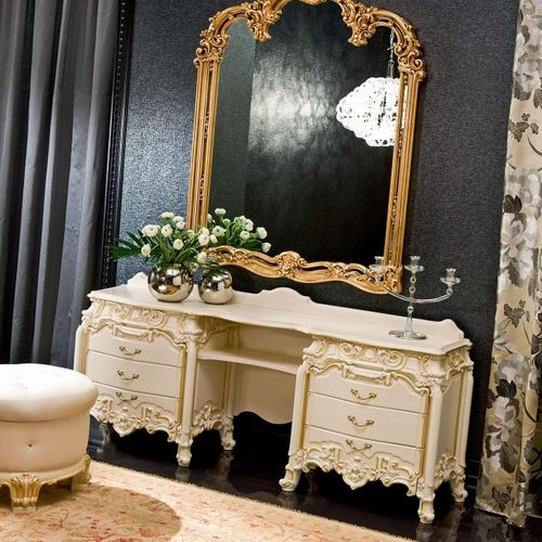 classical dressing table / wooden / for hotel rooms