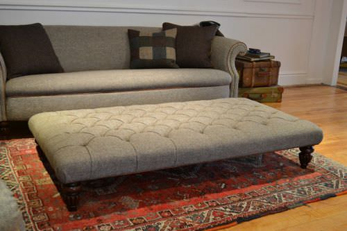 Chesterfield ottoman / fabric / leather / wooden