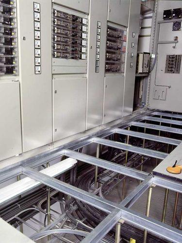 metal raised access floor structure / indoor