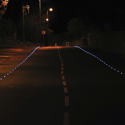 reflective road stud
