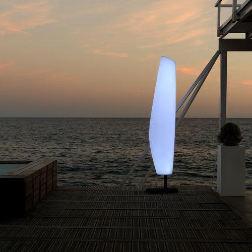 floor-standing lamp / original design / polyethylene