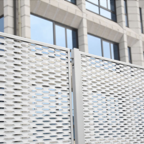 industrial fence / wire mesh / metal / security
