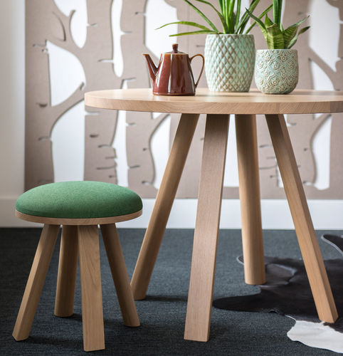 contemporary side table / wooden / round / oval