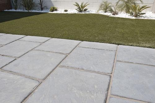 outdoor tile / for floors / concrete / matte