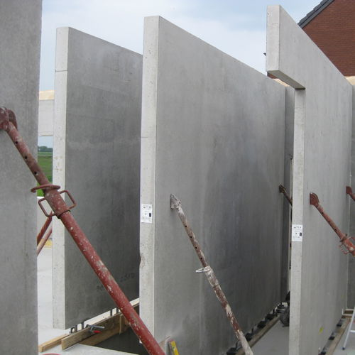 reinforced concrete wall