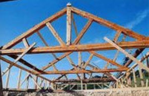 Solid wooden truss - Thomas Armstrong