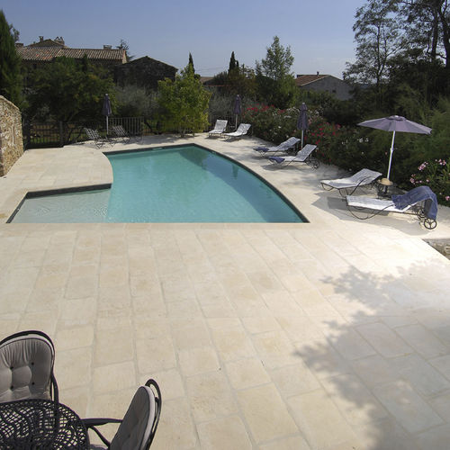 outdoor tile - ROUVIERE