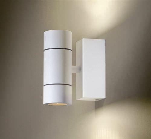contemporary wall light