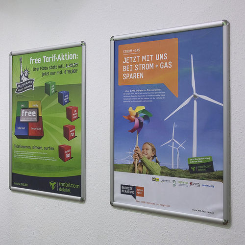 wall-mounted display panel / indoor / advertising / aluminum
