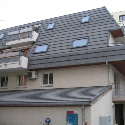 flat roof tile / steel / black / gray