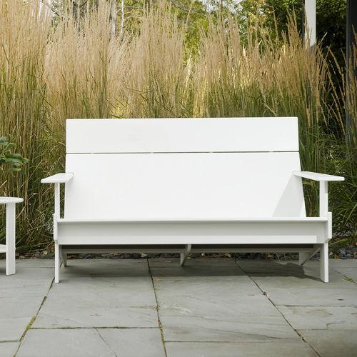 contemporary sofa / for reception areas / garden / pool
