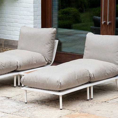 contemporary footrest / water-repellent fabric / wire mesh / garden