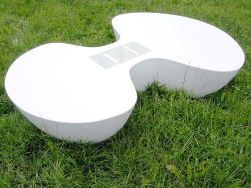 contemporary coffee table / Corian® / outdoor
