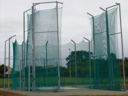 throwing cage